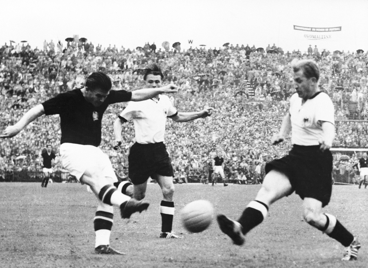 Soccer - World Cup Switzerland 54 - Final - Hungary v West Germany