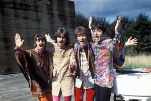 588px-The_Beatles_magical_mystery_tour.jpg