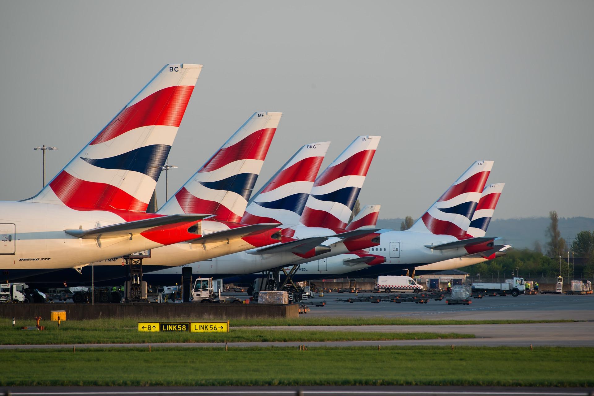 Jövő péntektől karanténkötelezettség nélkül lehet Angliába utazni Magyarországról