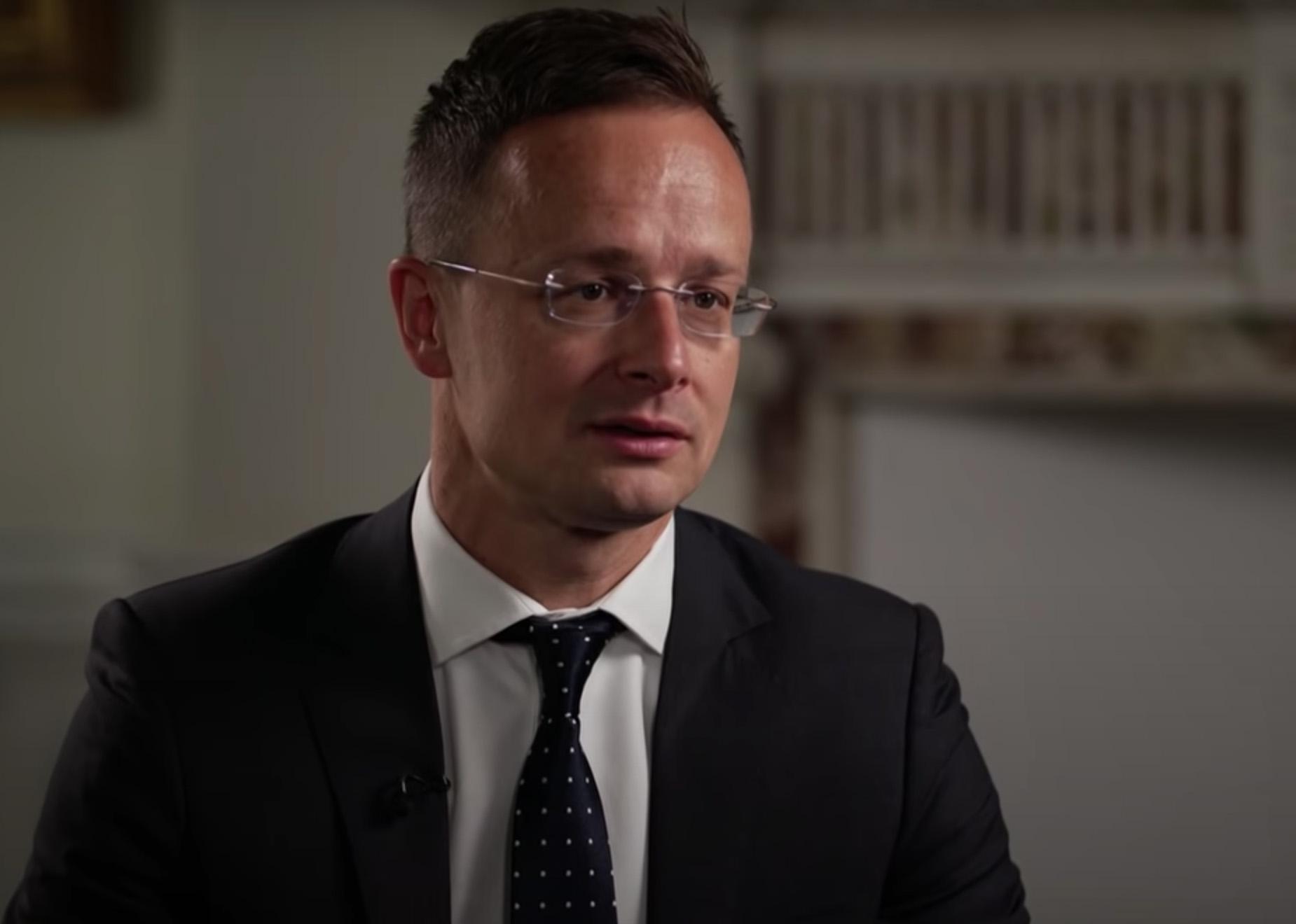 Szijjártó Péter bekérette a német nagykövetet