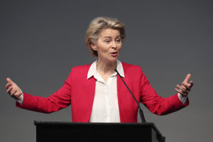 mti-leyen-scaled.jpg