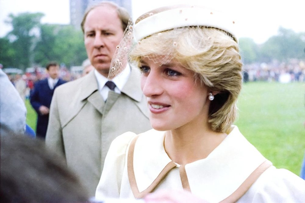 1024px-Princess_Diana_-_Royal_Visit_to_Halifax_Nova_Scotia_-_June_1983_37448879456-1000x667.jpg