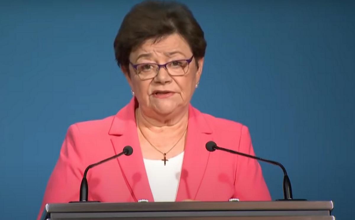 Müller Cecília: Hárman már meghaltak, a gondozottak fele koronavírusos lett egy siófoki idősotthonban