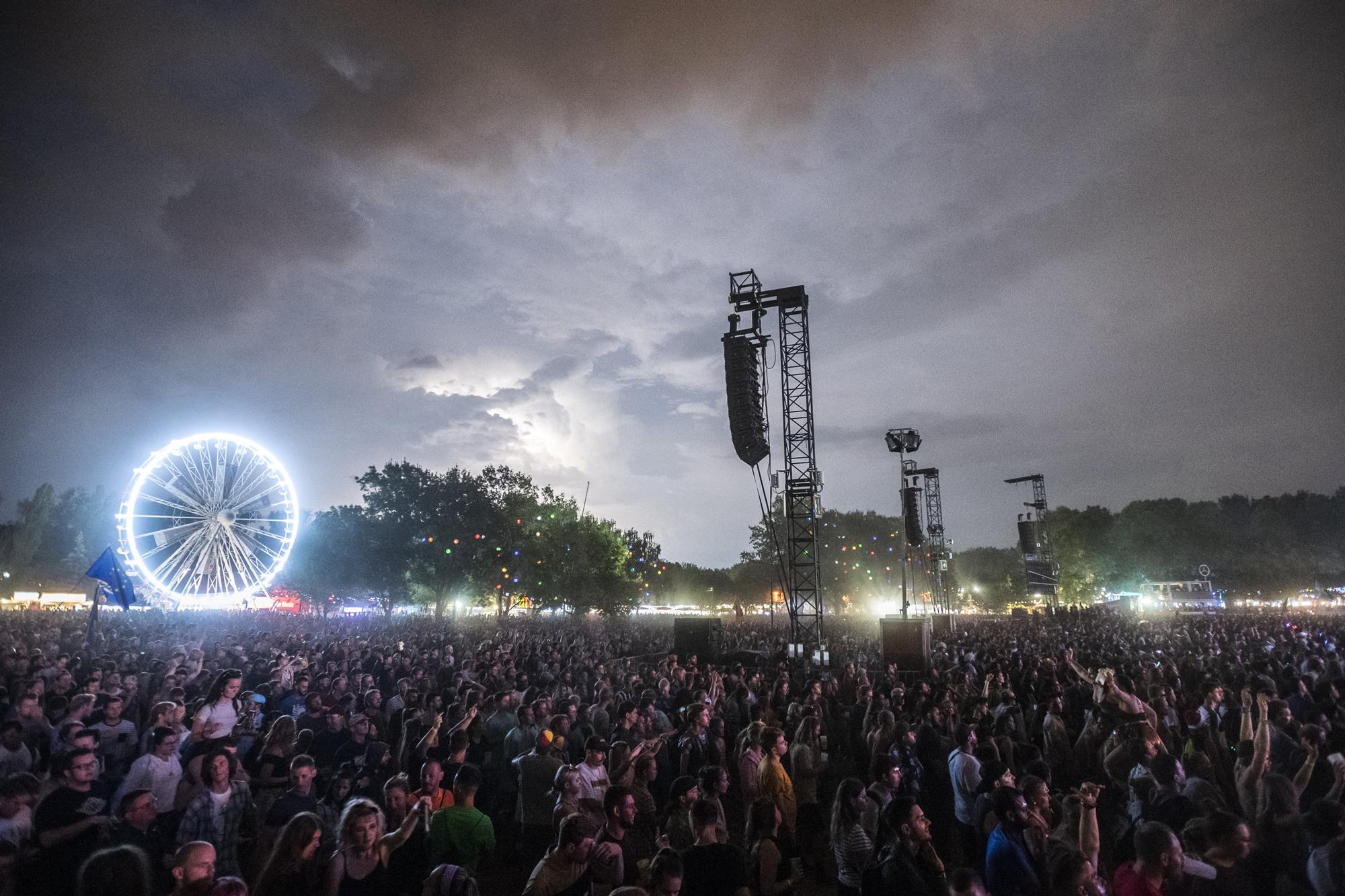 """""""Már javában tárgyalunk a zenekarokkal"""" – visszatér 2022-ben a Sziget Fesztivál"""